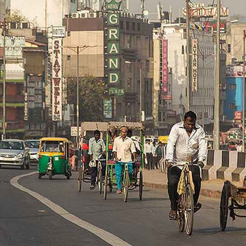 City Development Strategy | Best Practice | Mumbai, India | Urban renewal, Economic growth, Poverty reduction, Public private partnerships, Infrastructure improvement & service delivery | mikecphoto/Shutterstock